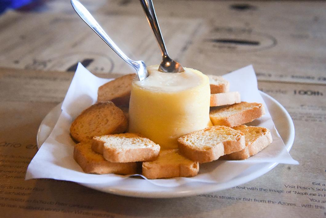 Queijo do Morro do Faial, spécialité culinaire des Açores