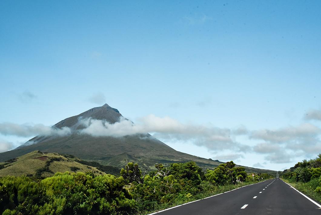 Roadtrip sur la EN3, la longitudinal road à Pico dans les Açores