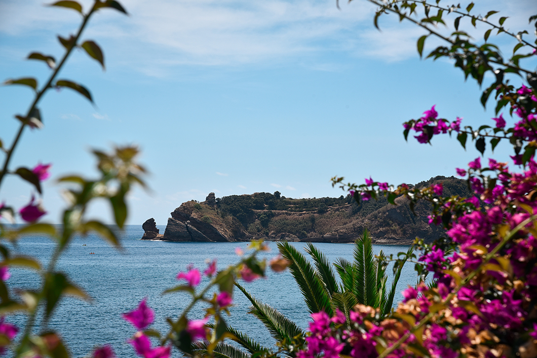 Que faire dans les Açores ? Visite de Vila Franca do Campo sur l'île de Sao Miguel