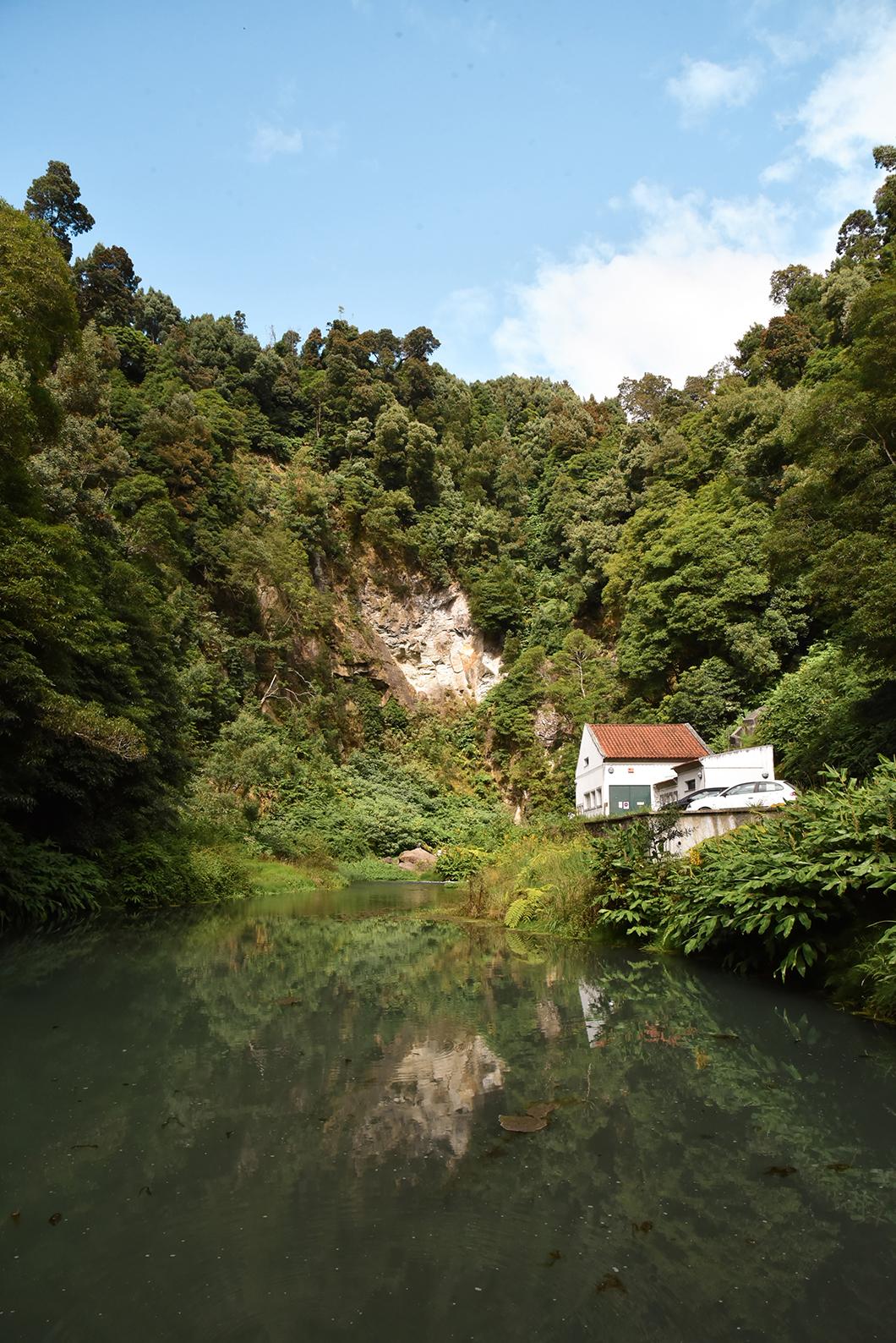 La cascade Salto do Cabrito à Sao Miguel