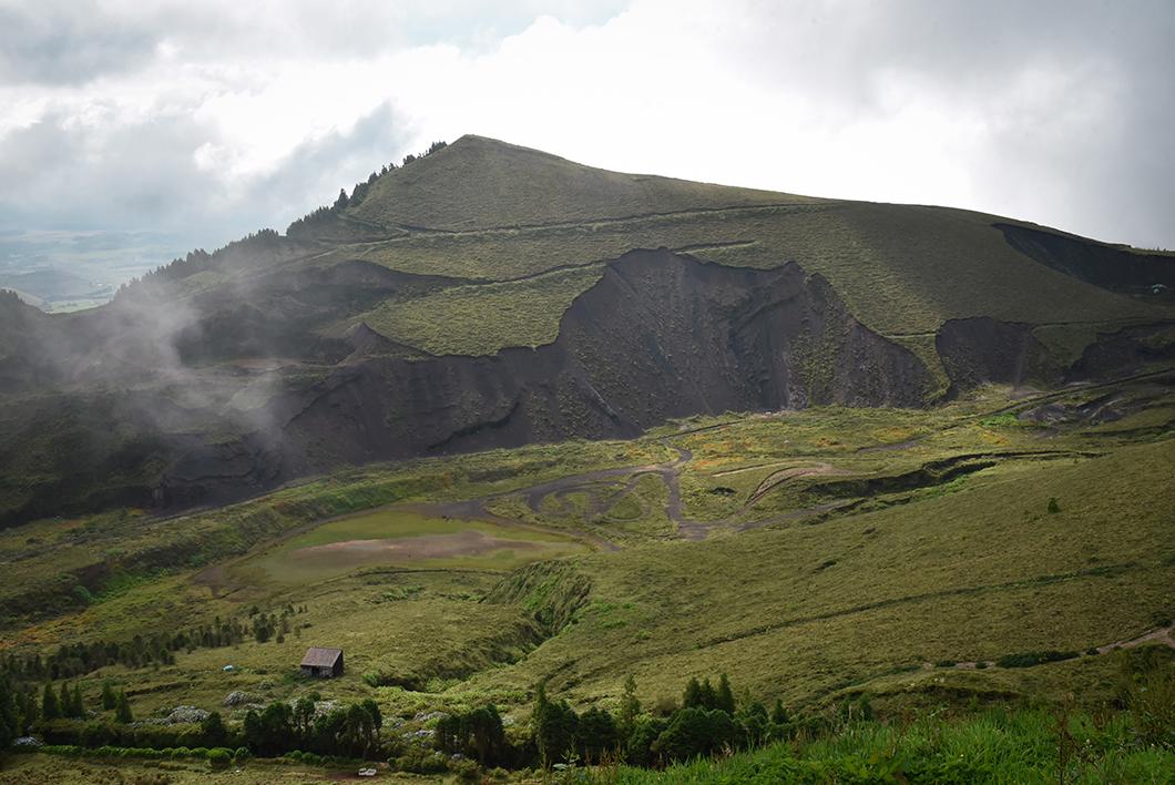 Découvrir les points de vue aux lacs de lagoa das Empadadas, lagoa Rasa et Lagoa de Eguas dans les Açores