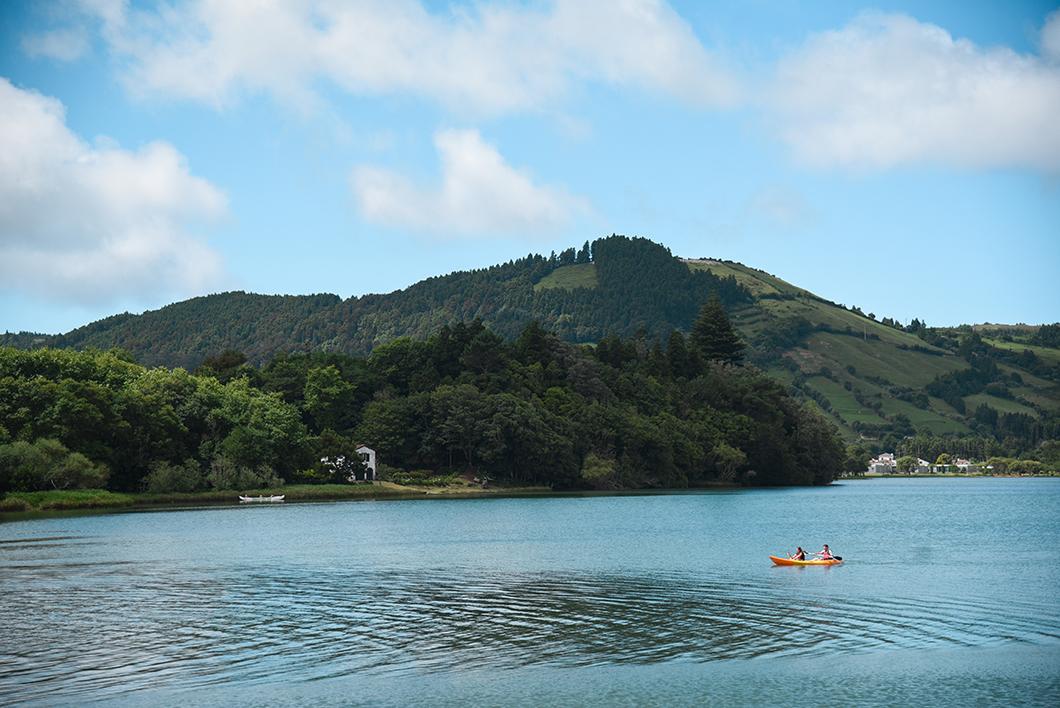 Découvrir l'île de Sao Miguel et ses nombreux lacs dans les Açores