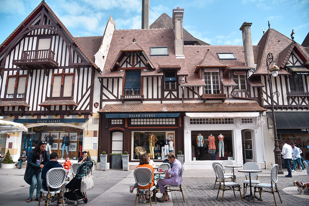 Faire du shopping à Deauville