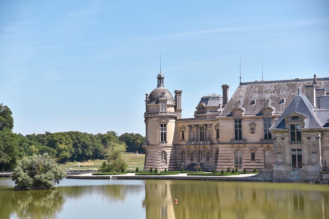 Visite incontournable du Château de Chantilly à 1h de Paris