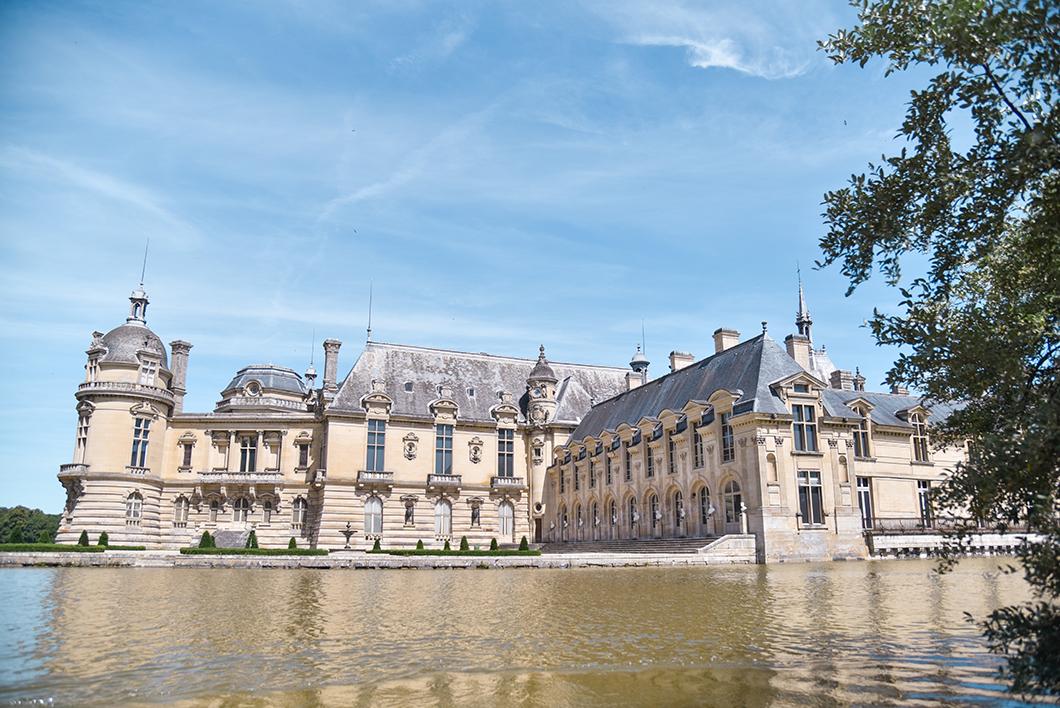 Découvrir le Château de Chantilly en bateau