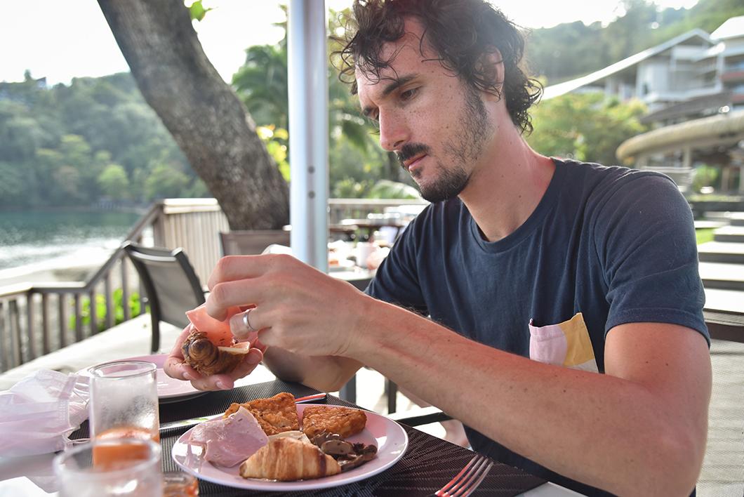 Buffet au petit déjeuner du Tahiti Pearl Beach