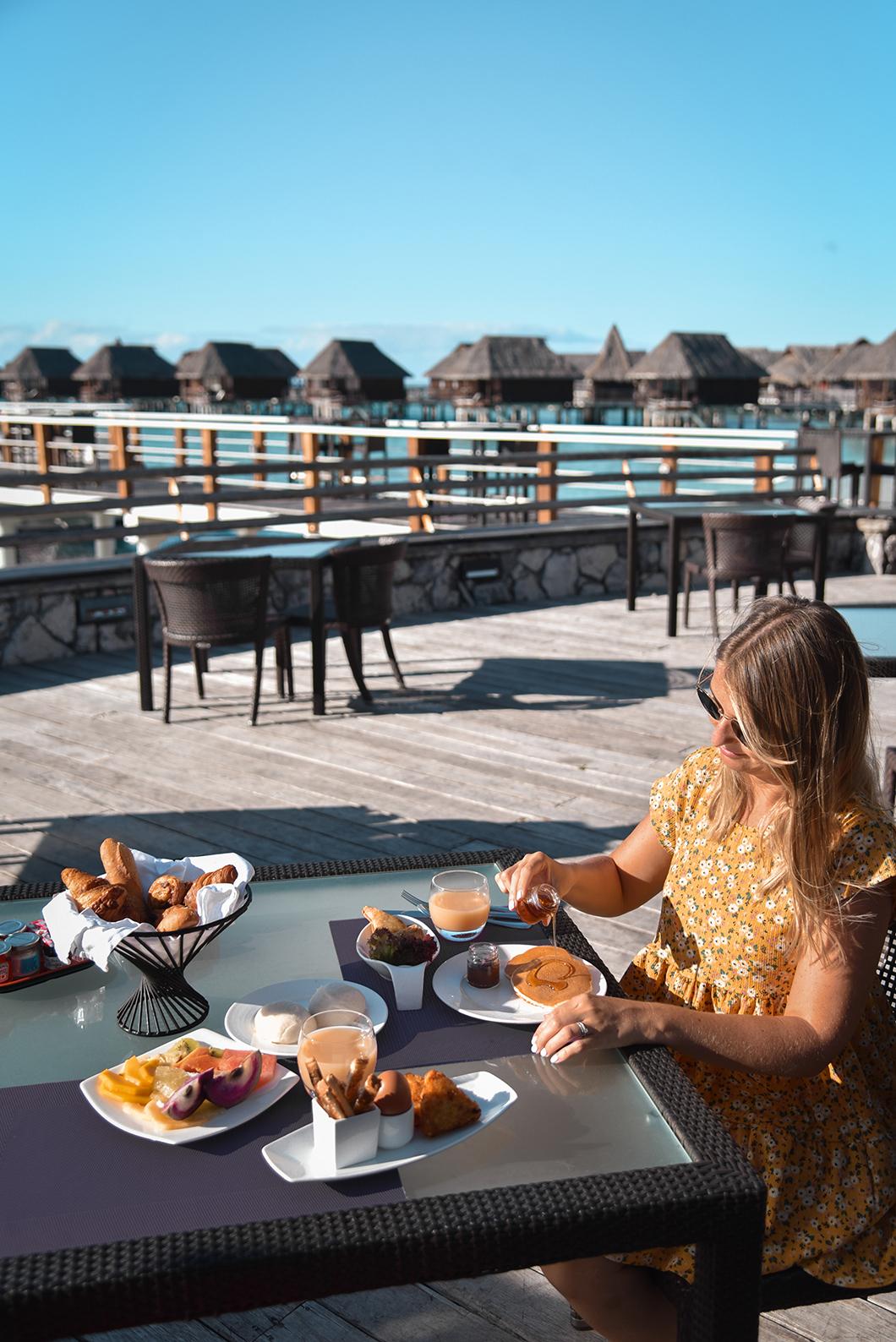 Petit déjeuner au Sofitel Ia Ora Beach