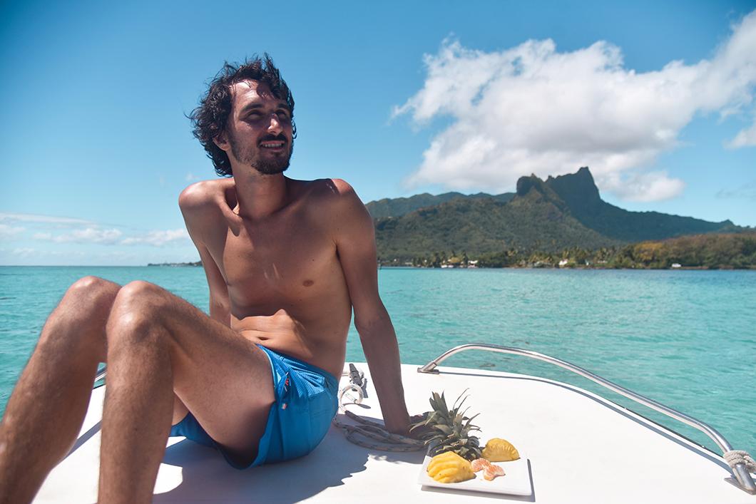 Visiter le lagon de Moorea en bateau avec Manahere Adventure