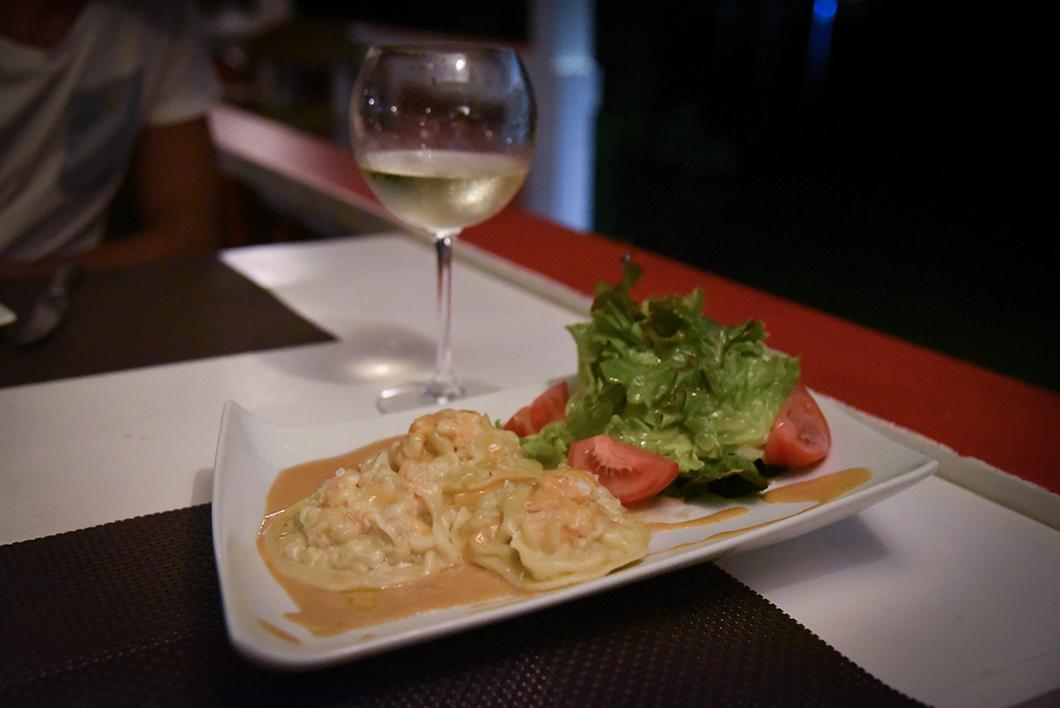 Où manger à Moorea ? Le restaurant Te Honu Iti