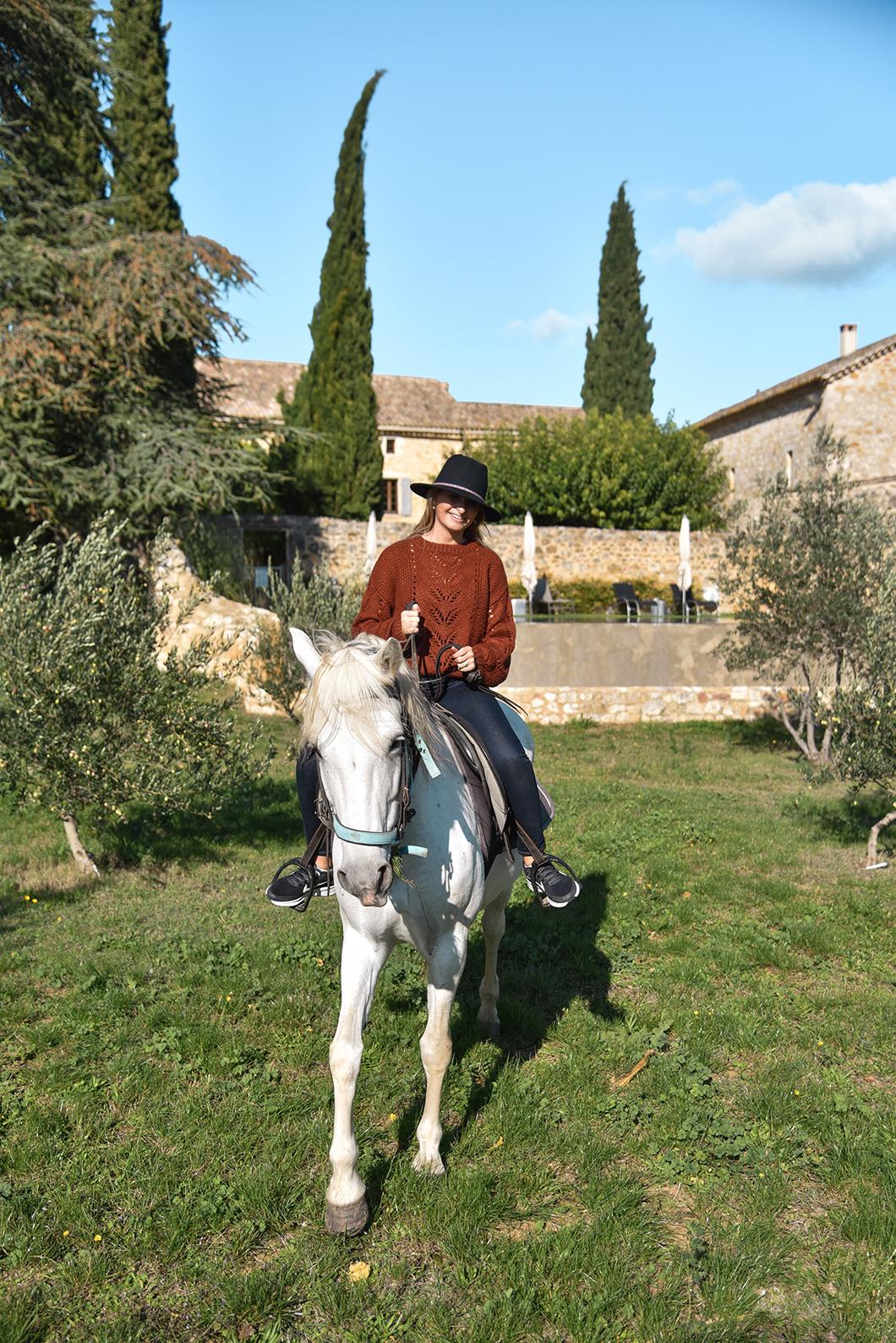 Week end dépaysant en Provence occitane : yoga, balade à cheval, randonnée