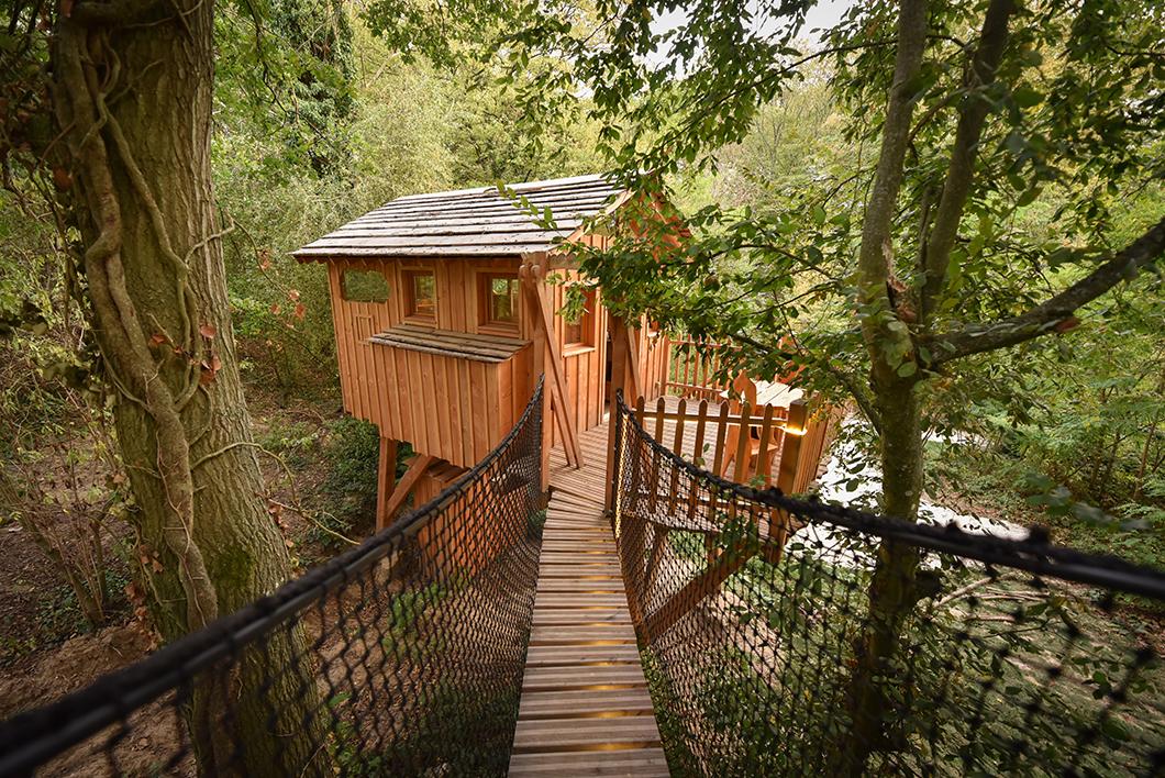 Dormir dans une cabane dans les arbres à 1h de Paris