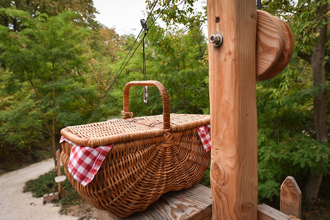 Livraison de notre panier petit déjeuner au Bois de Rosoy