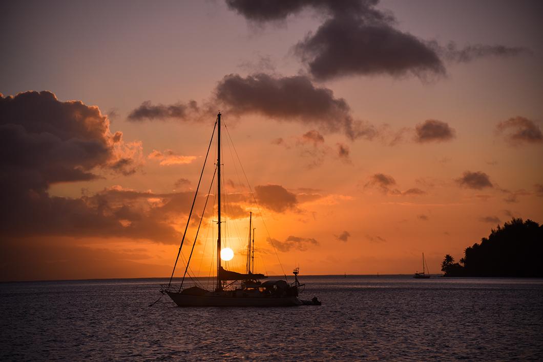 Les meilleurs spots pour le coucher de soleil à Huahine - Hotel Le Mahana