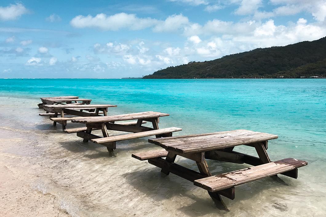 Découvrir le lagon de Huahine en bateau, activité incontournable