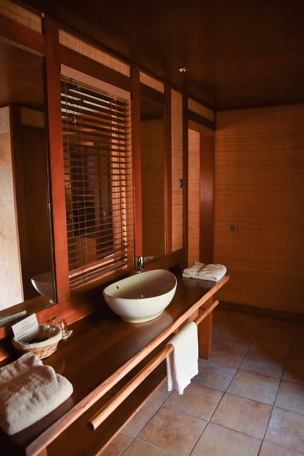 Salle de bain à l'hôtel le Mahana à Huahine