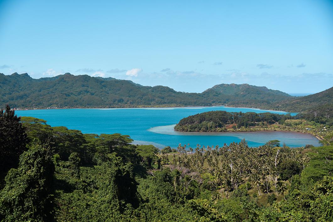 Où voir le plus beau point de vue de Huahine