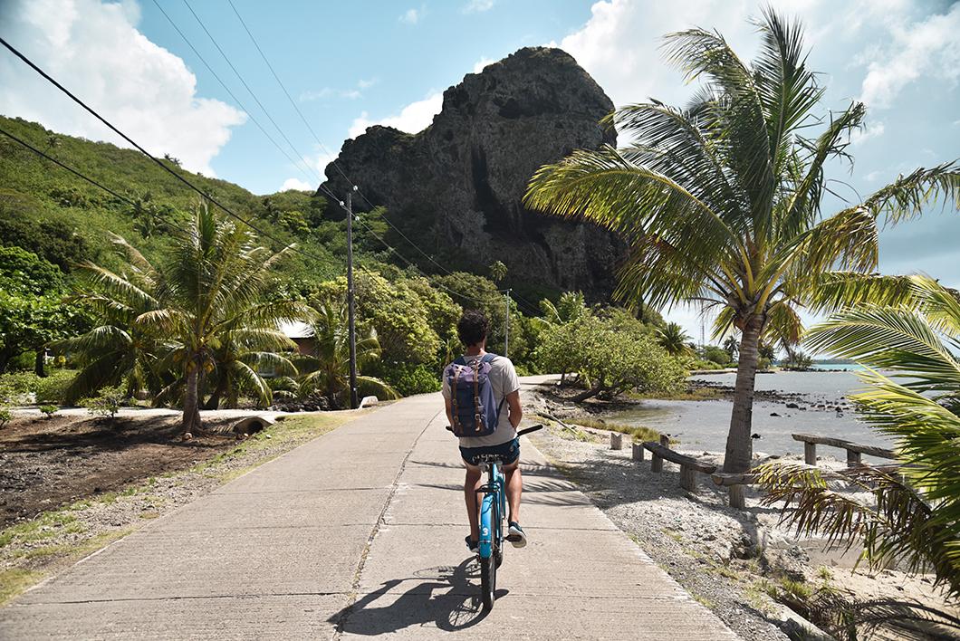 Que faire à Maupiti ? Louer des vélos pour faire le tour de l'île