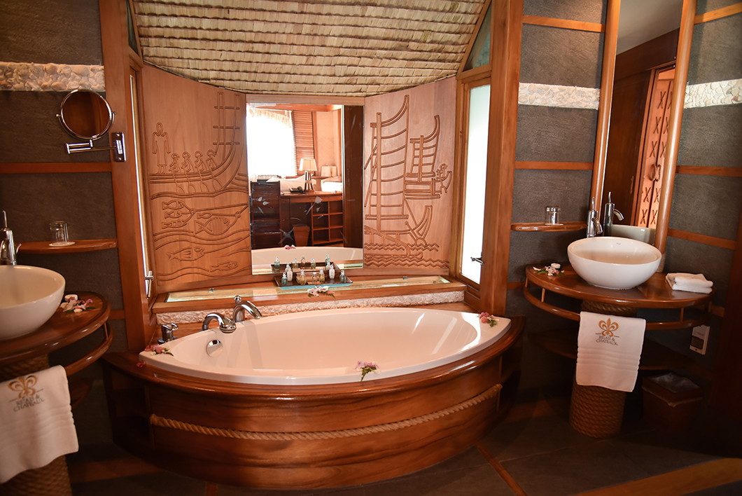 Salle de bain du Taha'a Island Resort and Spa