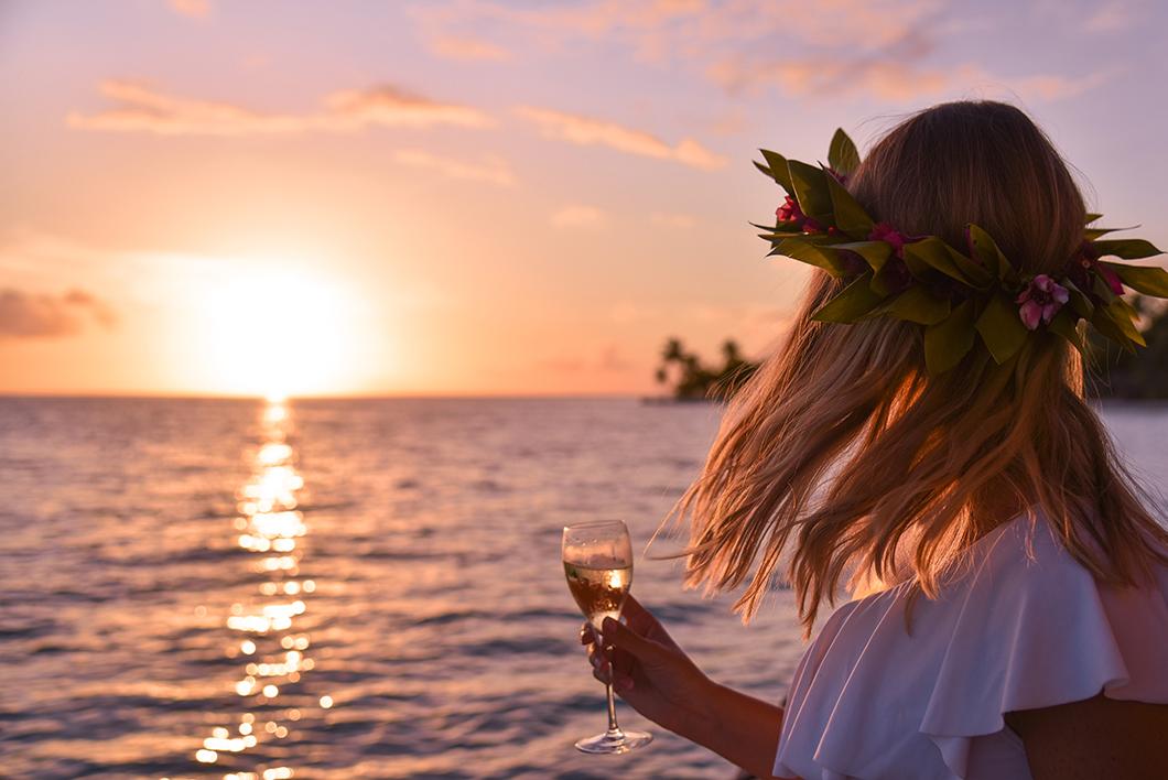 Villa sur pilotis avec vue coucher de soleil au Taha'a Island Resort and Spa