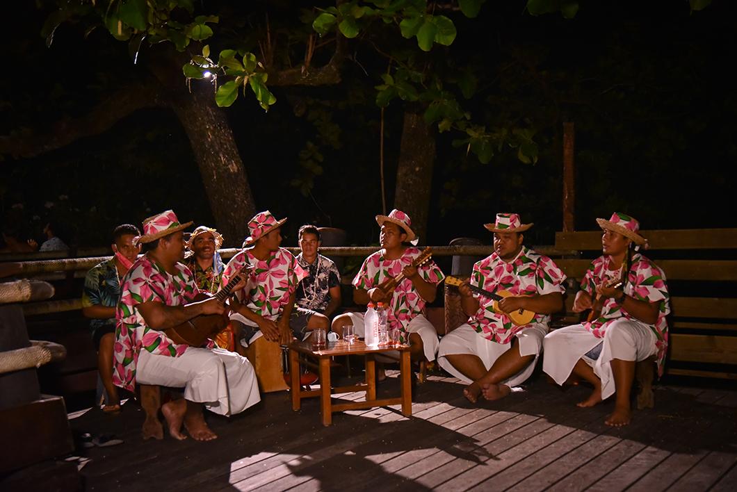 Assister à une soirée polynésienne, incontournable en Polynésie Française