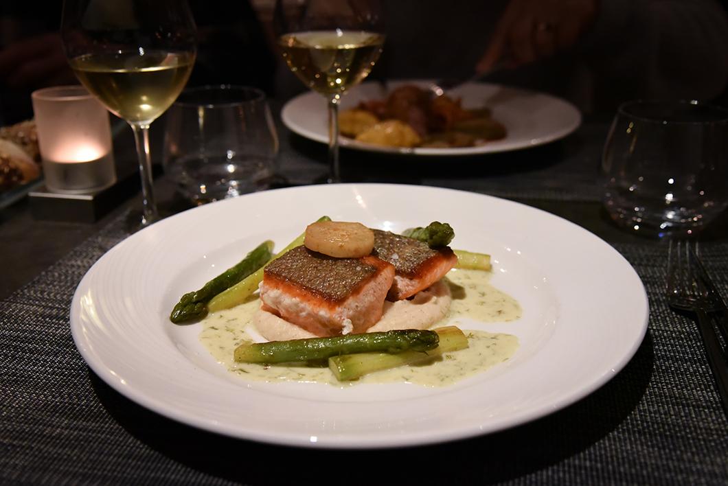 Où manger à Chamonix ? Restaurant Révola