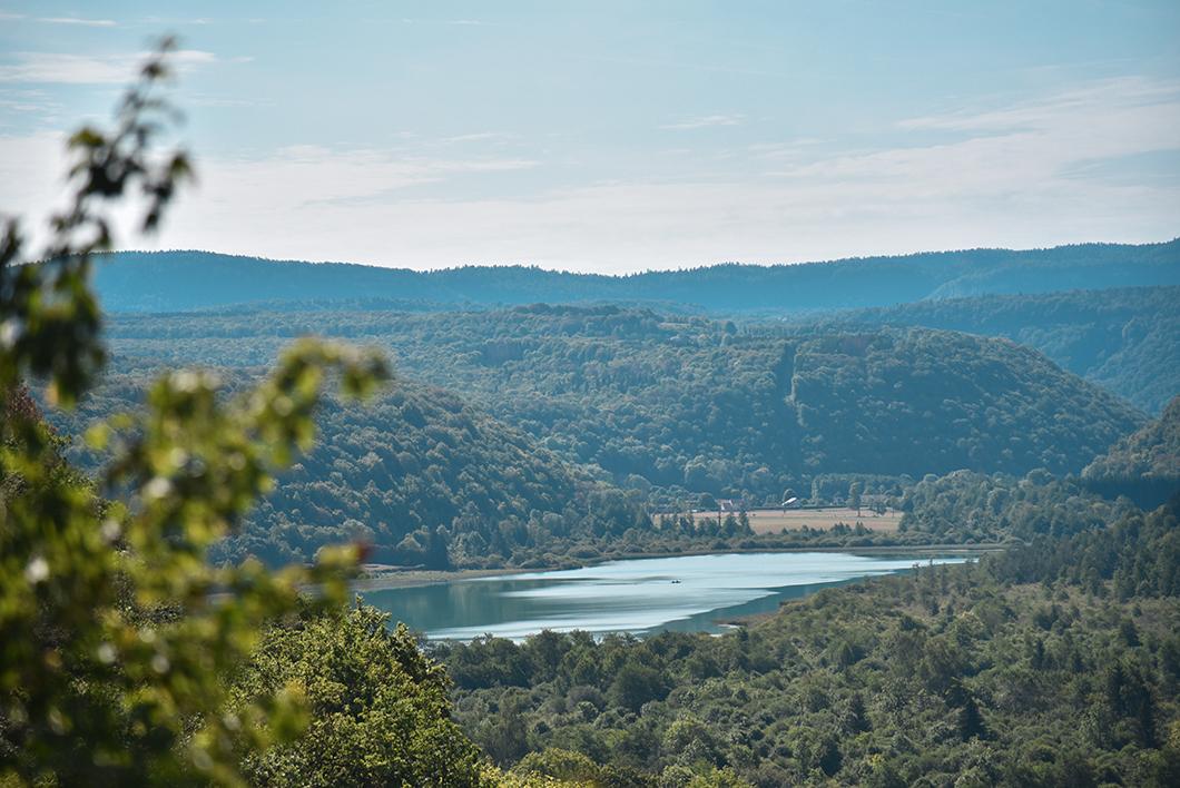 Découvrir le Pays des Lacs dans le Jura