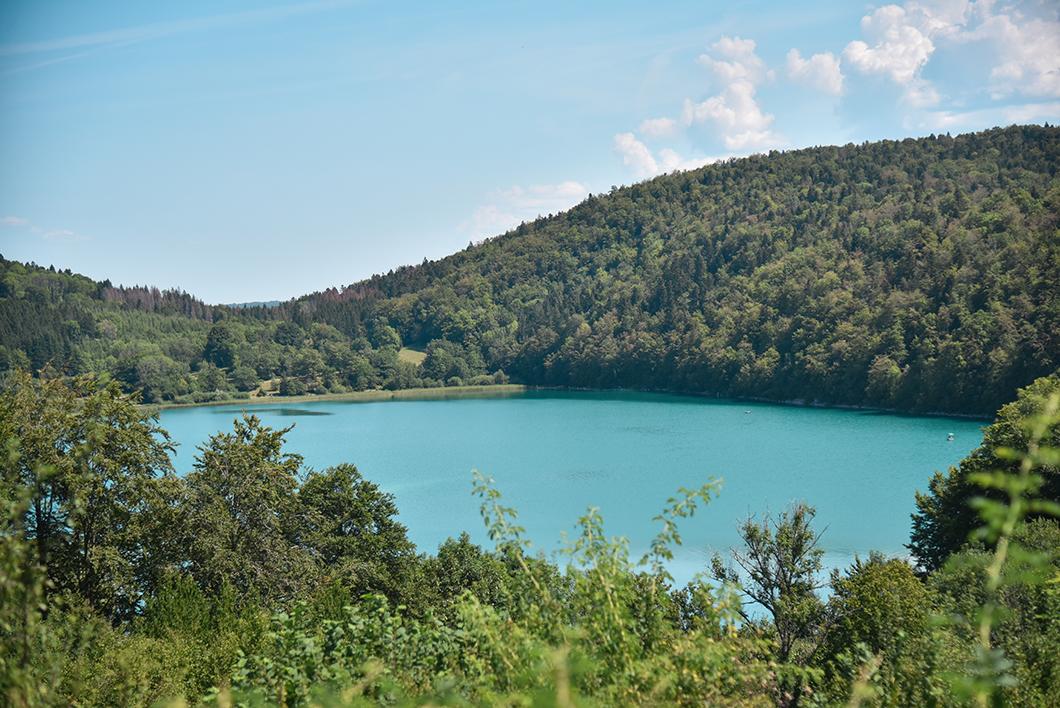 Découvrir Les Lacs du Maclu, Incontournable dans le Jura