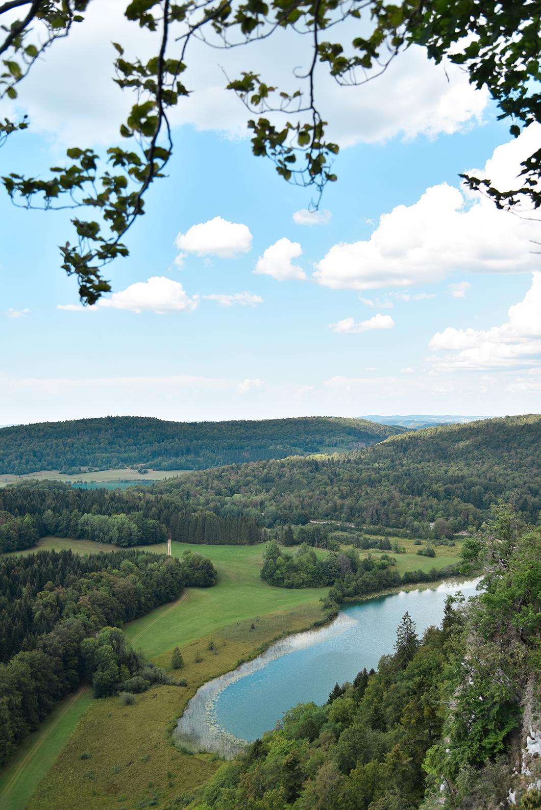 Que faire dans le Jura ? Découvrir le Belvédère des 4 lacs