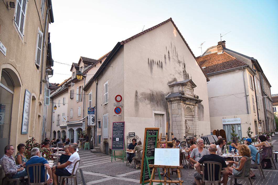 Lons-le-Saunier, ville à visiter dans le Jura