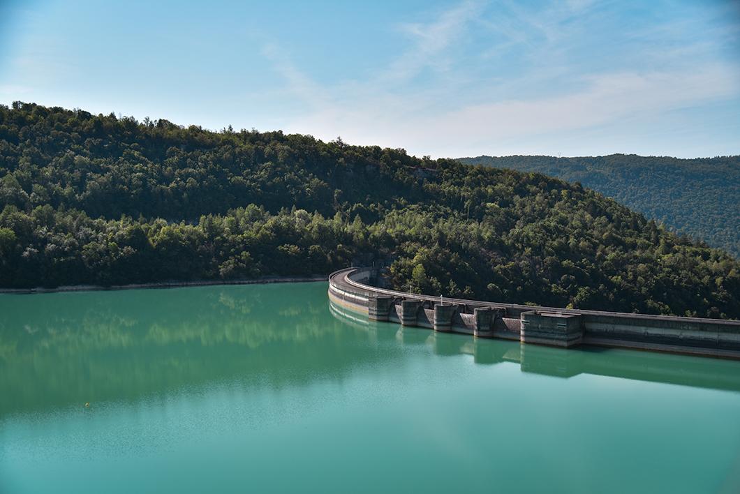 Où aller dans le Jura ? Le barrage de Vouglans