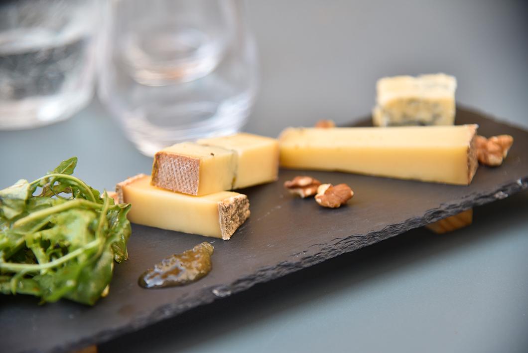Goûter les fromages du Jura