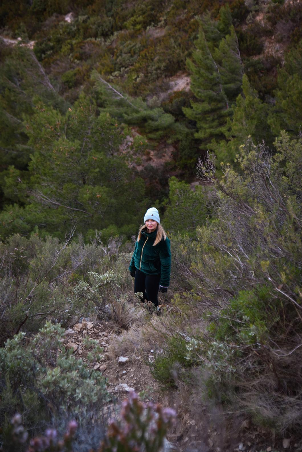 Randonnée à la Calanque de Sugiton, incontournables à visiter à Marseille en hiver