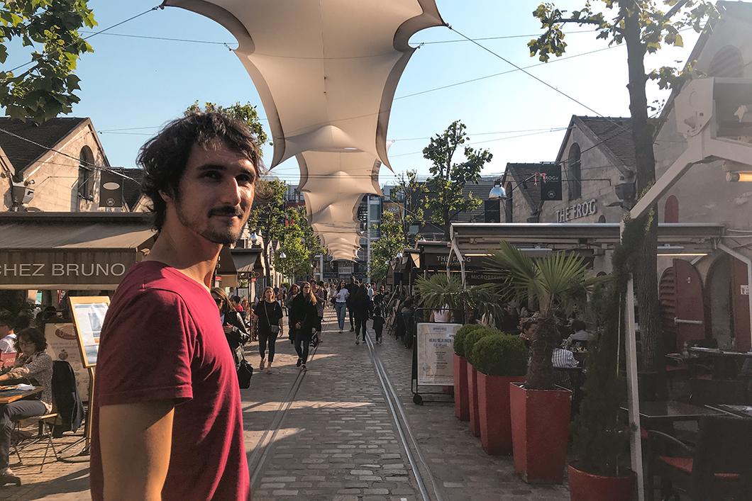 Bercy Village au Cour Saint-Émilion à Paris