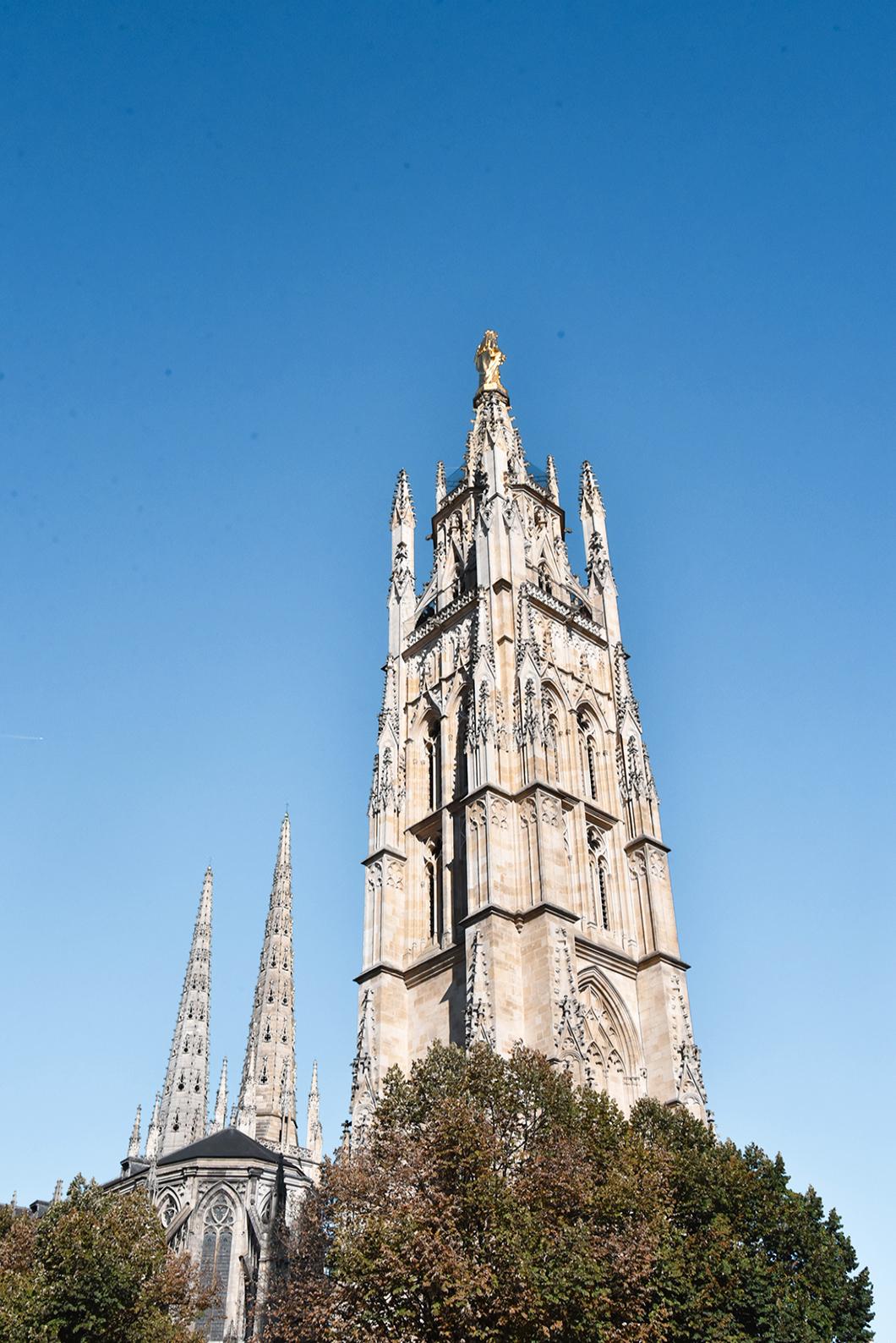 Monter en haut de la Tour Pey Berland à Bordeaux