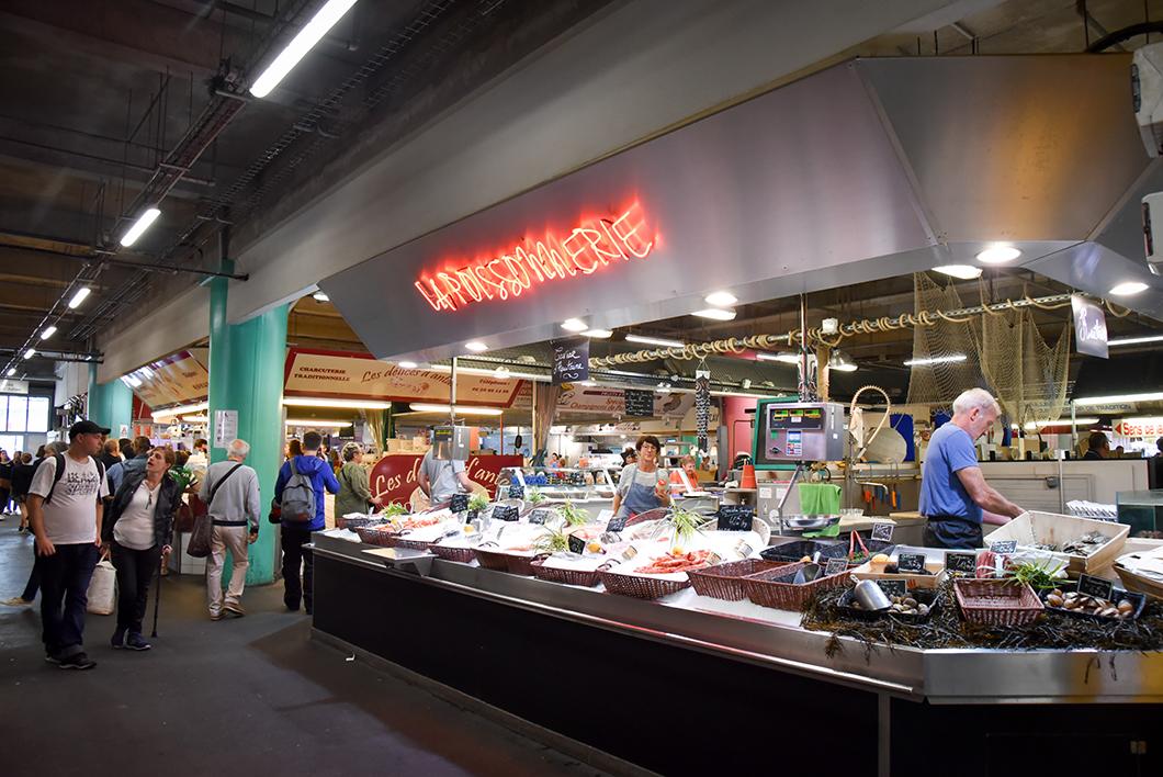 Le marché des Capucins, incontournable à Bordeaux