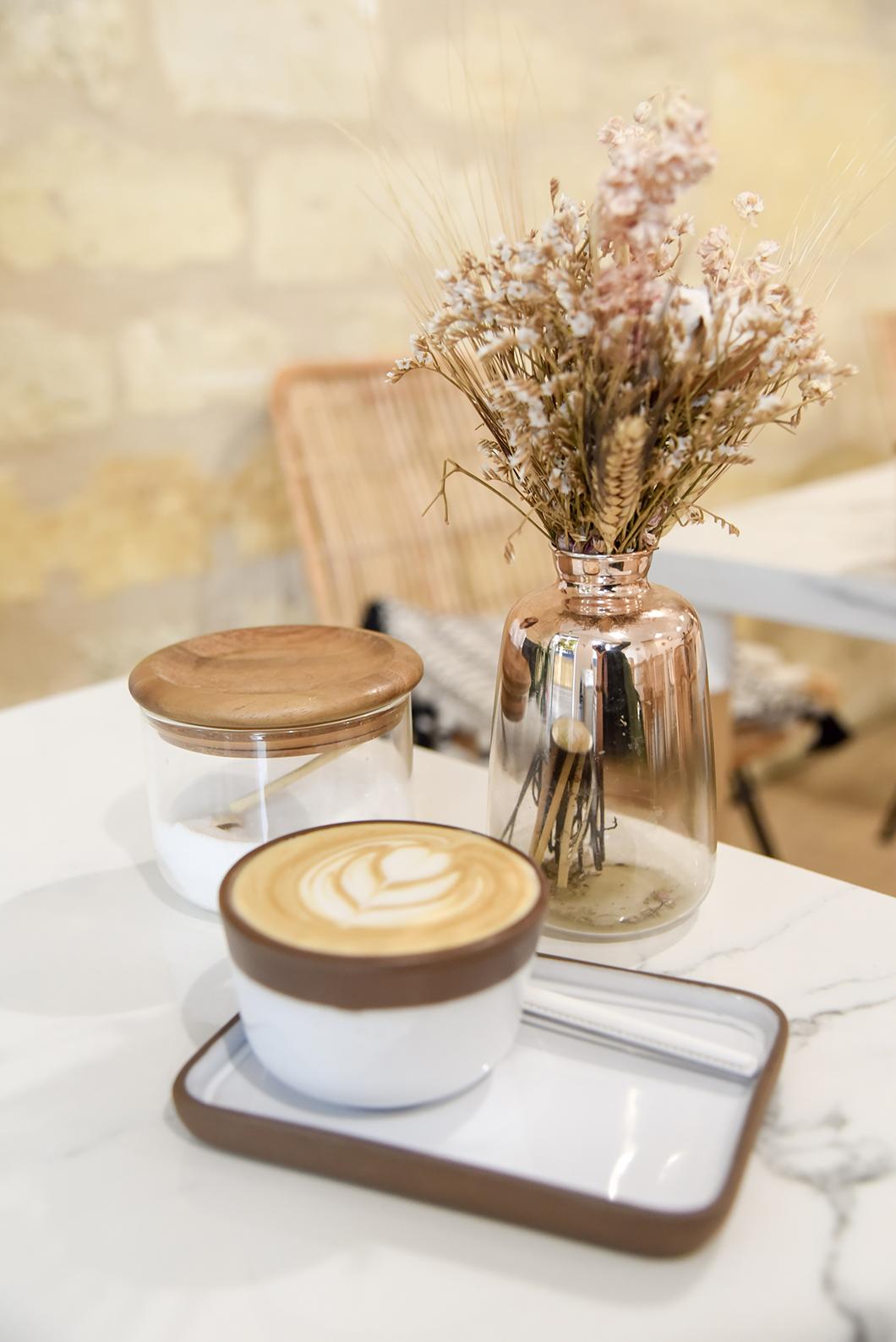 Où boire un café à Bordeaux ? Le Contrast