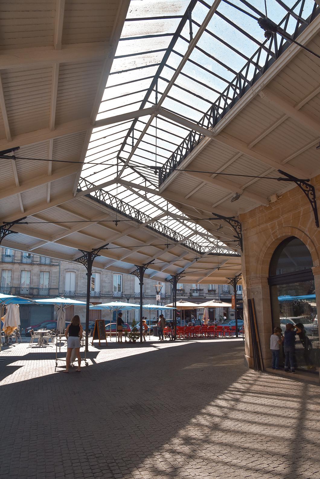 Que faire à Bordeaux ? Découvrir le marché des Chartrons