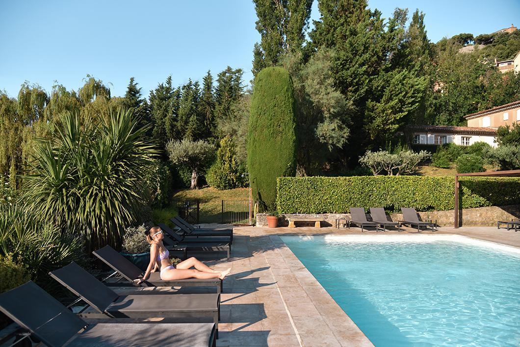 La piscine de la Bastide du Calalou