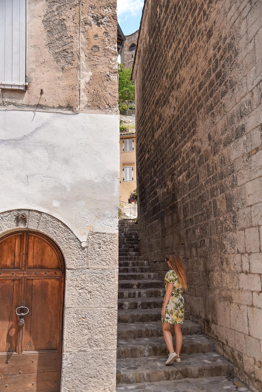 Castellane, incontournable dans les Gorges du Verdon
