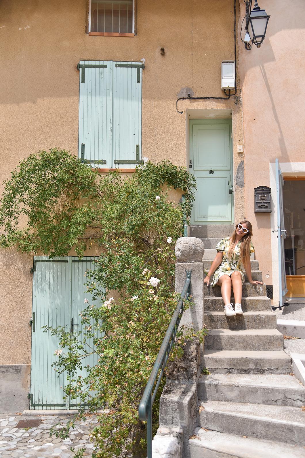 Que faire dans les Gorges du Verdon ? Visiter le village de Castellane
