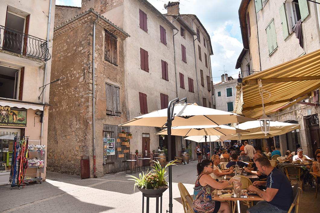 Castellane, incontournable dans les Gorges du Verdon en France