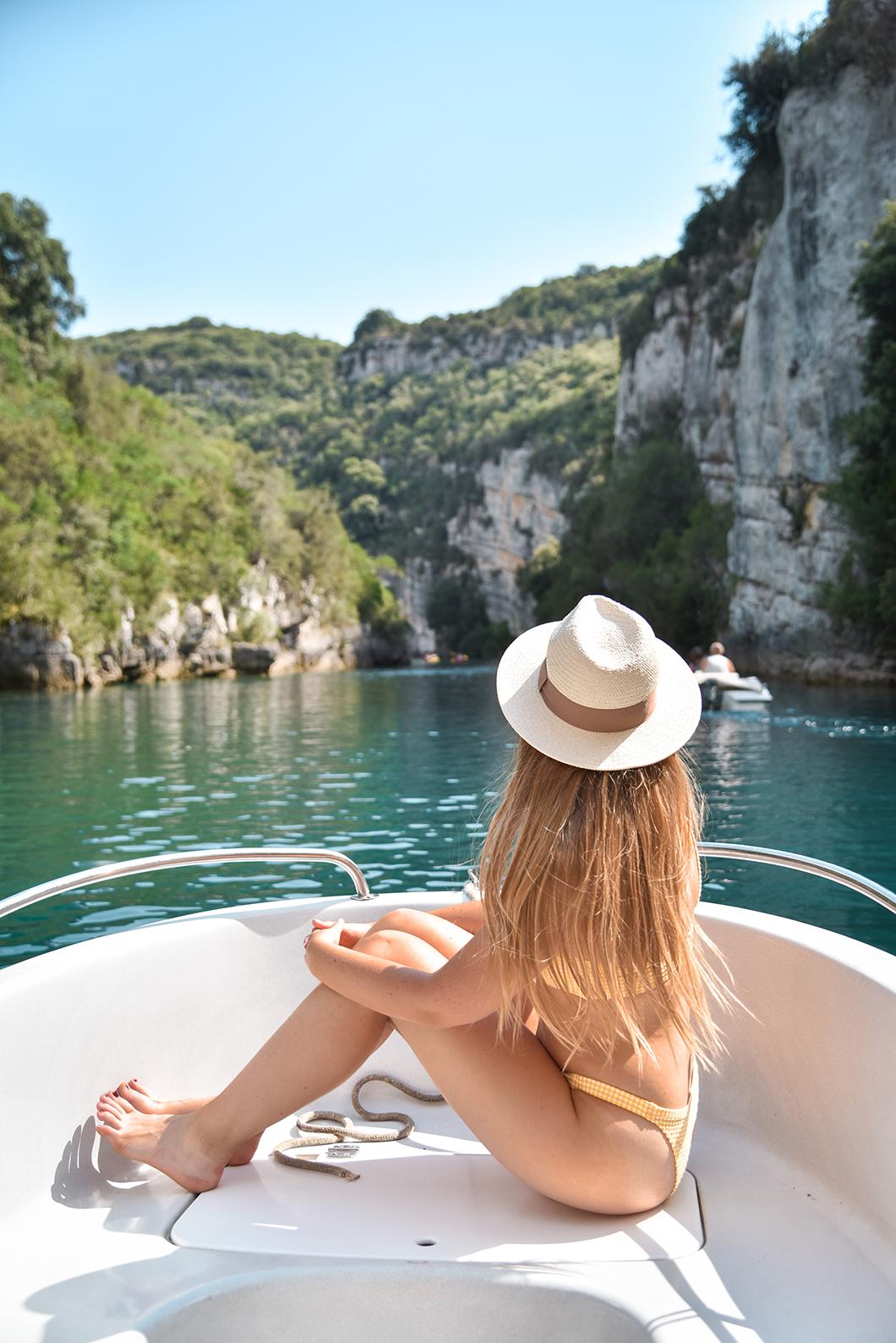 Où faire du bateau dans les Gorges du Verdon ?