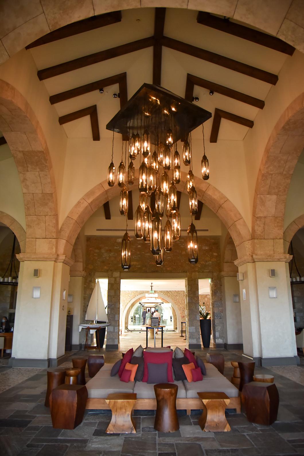 Hébergement de luxe sur la Costa Navarino