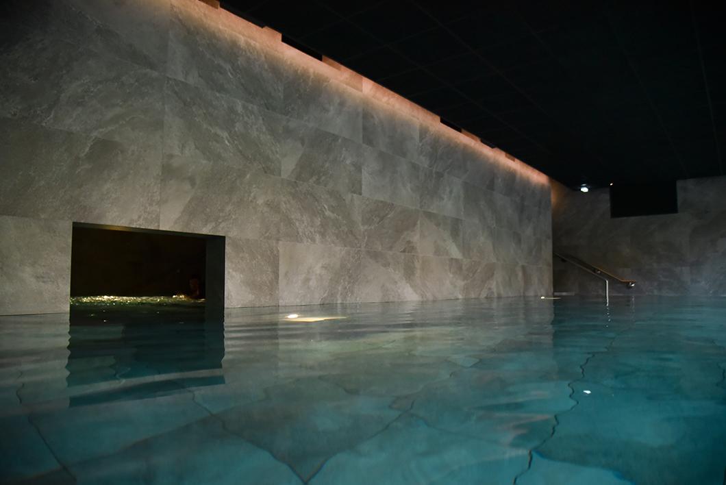 L'espace aquatique du Yonaguni Spa à Obernai